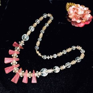 💗 Pink Glass Beaded Necklace 💗